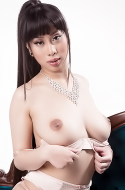 Asian Slut Jade Kush Gets Orgasm With Hard Cock